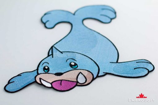 The embroidered patch Seel - macro photo