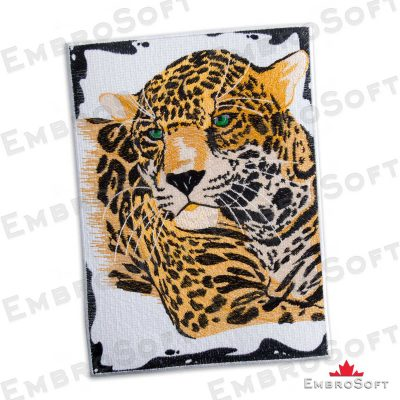 The embroidered patch Wild Leopard in left rotation