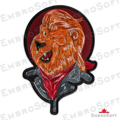 The embroidered patch Cheerful Lion turned to the left side