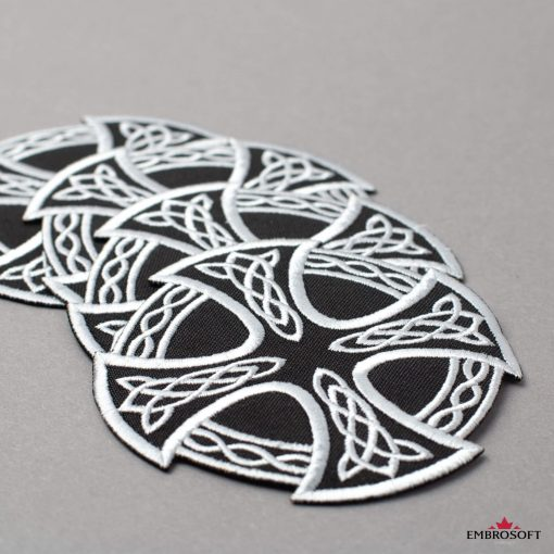 Patch Cross and Circle with Celtic Pattern