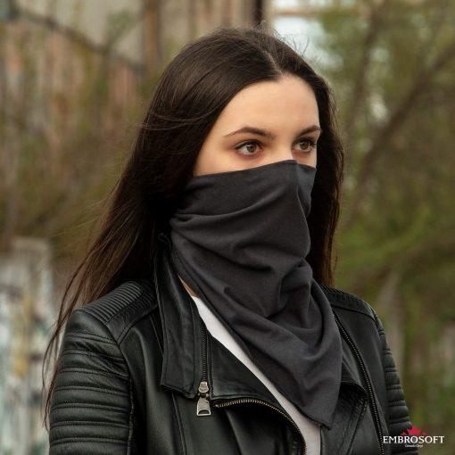 bandana gray on the face