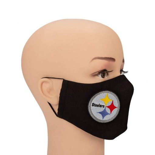mask steelerg on a mannequin full face