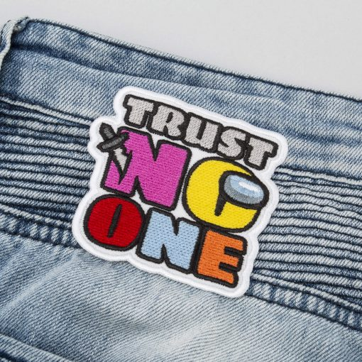 trust no one back jeans